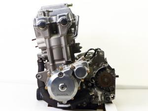 Двигатель cb1300sf sc54e