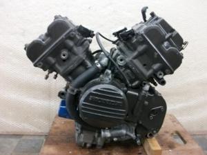 Двигатель vfr400 nc13e