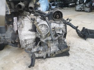 Кпп автоматическая на Nissan Sunny FB15 QG15DE re4f03b fq38