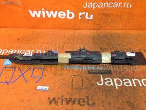 Крепление бампера на Toyota Avensis Wagon AZT250W
