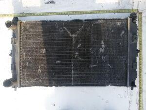 Радиатор на Chrysler Stratus