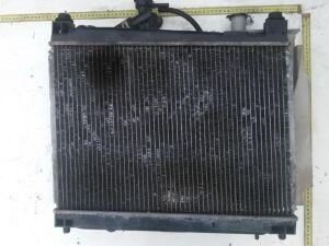 Радиатор на Toyota Yaris Verso