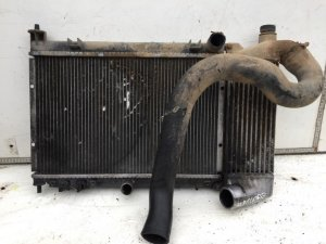 Радиатор на Honda Accord