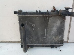 Радиатор на Nissan Almera