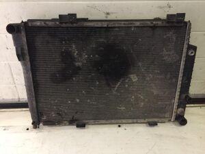 Радиатор на Mercedes-benz E-CLASS