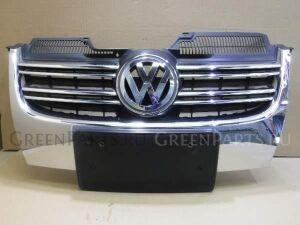Решетка радиатора на Volkswagen Golf WVWZZZ1KZ8M308393 BWA