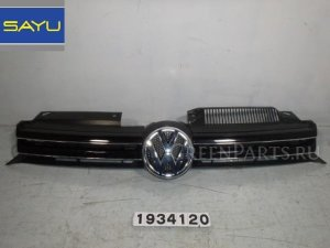 Решетка радиатора на Volkswagen Golf WVWZZZ1KZCW179222 CAX